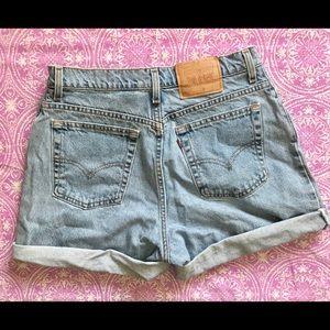 Levi's 551 High Waisted Shorts